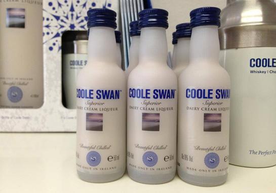 coole-swan-mini