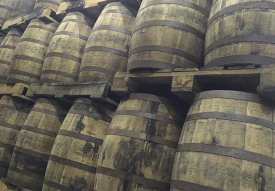 armorik-whisky-breton-faesser1